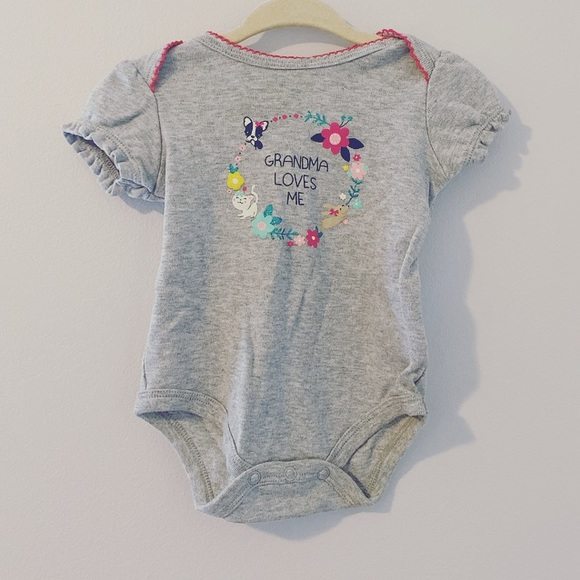 small wonders Other - Grandma Loves Me 3-6 month onzie